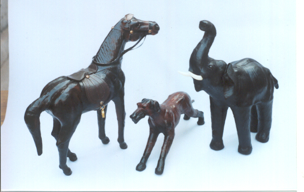 LEATHER ANIMALS RANGE