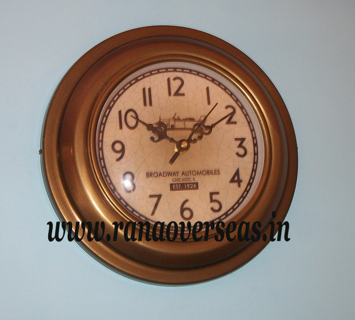 Antique Look Wall hanging Iron Metal Clock in 9 Inches