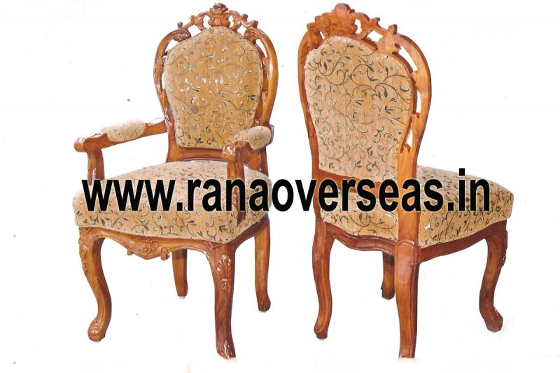 WOODEN CHAIR 1
