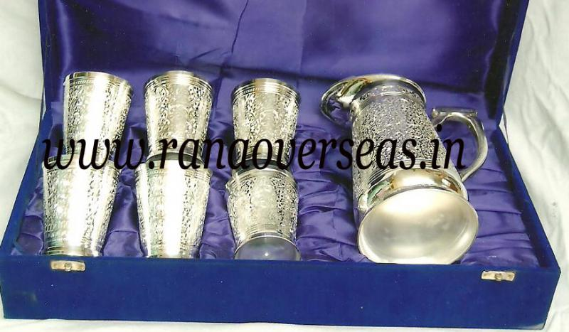Silver Plated Jug with Glasses 1